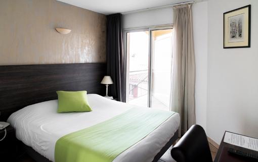 Hotel 3 étoiles avec piscine Ariane Istres chambre standard