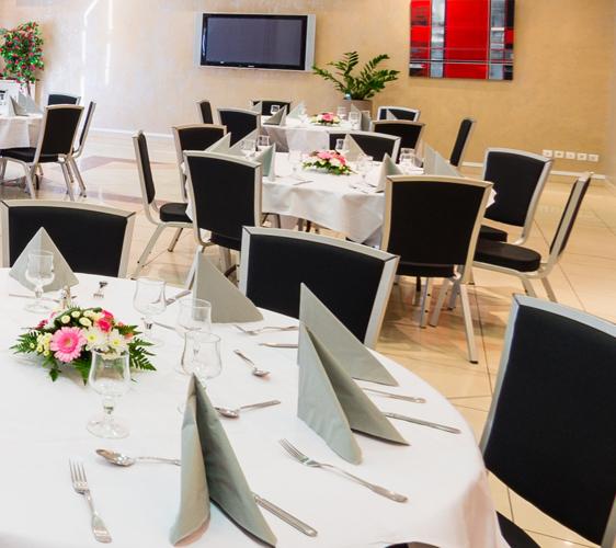 Location salle de céramonie mariage soirée à Istres Ariane hotel